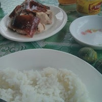 Photo taken at R G Baguio Lechon by Fitz A. on 8/24/2014