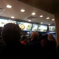 Das Foto wurde bei McDonald's von Георгий А. am 3/14/2013 aufgenommen