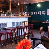 Das Foto wurde bei Café Morgenrot von Marta am 10/25/2012 aufgenommen