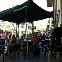 Photo taken at Starbucks by Bakalemun on 9/27/2012