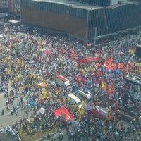 6/5/2013にismail ÇetinkolがKızılay Meydanıで撮った写真
