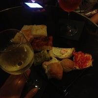 รูปภาพถ่ายที่ Chandelier Cafè โดย Velissa เมื่อ 9/8/2013