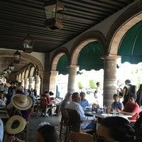 Foto tomada en Lu Cocina Michoacana por Enrique M. el 3/30/2013