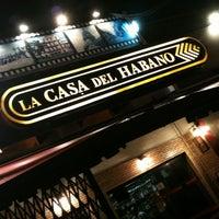 Foto tirada no(a) La Casa del Habano por Rodrigo em 11/11/2012