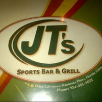 Photo taken at JT's Sports Bar by Aiante C. on 5/20/2013