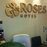 Снимок сделан в Roses Hotel пользователем Юлия 1/29/2013