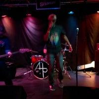 Photo taken at The Slidebar Rock-N-Roll Kitchen by Michael P. on 7/23/2013