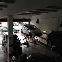 Photo taken at cuneyt oto servis by Sercan A. on 10/11/2014