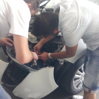 Photo taken at cuneyt oto servis by Sercan A. on 8/5/2014