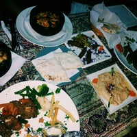 Photo taken at Al-Tazzaq Egyptian Restaurant by Kät C. on 1/27/2014