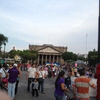 Foto tomada en Plaza de La Liberación por Frank B. el 10/27/2012