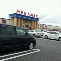 Photo taken at MEGAMAX 千葉NT店 by Nobuyuki Y. on 9/4/2011