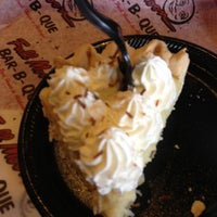 Photo taken at Full Moon BBQ by Philip P. on 10/3/2012