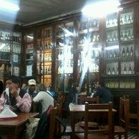 Foto tomada en Queirolo Restaurant & Bar por Carlos T. el 12/6/2012