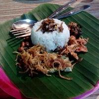 """Photo taken at Nasi Kucing """"ANGKRINGAN"""" Kapok Lombok by Shierly T. on 3/2/2013"""