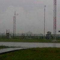Photo taken at stasiun meteorologi Hangnadim Batam by Sabila R. on 2/21/2013