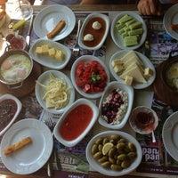 8/9/2013 tarihinde Mehmet M.ziyaretçi tarafından Pan Pan Cafe & Fırın'de çekilen fotoğraf