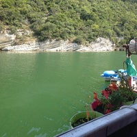 Photo taken at Naz Restraunt by Secil S. on 7/27/2014