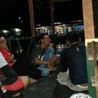 Photo taken at Pemancingan Telaga Hijau by Robinhot N. on 4/9/2016
