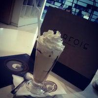 Photo taken at O Globe Coffee by Sofia L. on 12/10/2012