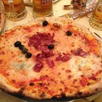 Photo taken at Flash Pizzeria by Sergio C. on 12/18/2012
