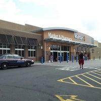 Das Foto wurde bei Walmart Supercenter von Truth K. am 7/9/2013 aufgenommen