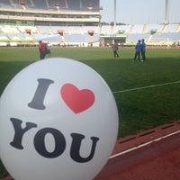 Photo taken at Incheon Munhak Stadium by soonji emerentiana on 10/14/2012