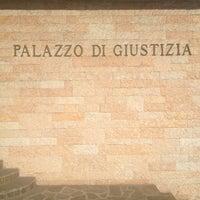 Photo taken at Tribunale di Salò by Philip Marlowe on 2/6/2013