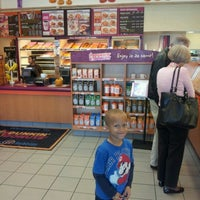 Photo taken at Dunkin' Donuts by Fred B. on 10/14/2012