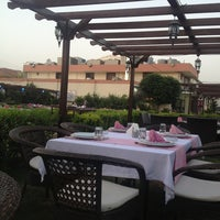 6/22/2013 tarihinde Tatianaziyaretçi tarafından Venus Restaurant'de çekilen fotoğraf
