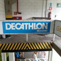 Foto tirada no(a) Decathlon por Chul Kie (Gil) P. em 12/26/2012