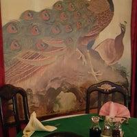 Photo taken at The Chinese Restaurant (Abu Khalil) | المطعم الصيني (أبو خليل) by Hanin A. on 3/8/2016