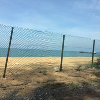 Photo taken at Pantai Teluk Lipat by Norulhuzana H. on 5/11/2017