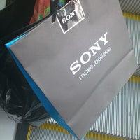 Photo taken at Sony Store by Josè I. on 12/24/2012