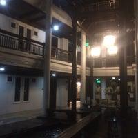 Photo taken at โรงแรมเฮือนนานา by mini p. on 10/10/2016