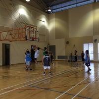 Photo prise au Nan Hua High School Indoor Sport Hall par John A. le2/9/2014