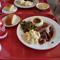 Photo taken at Arnold's Country Kitchen by Scott B. on 10/6/2016