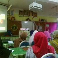 Photo taken at Sekolah Agama Menengah Rawang (SAMER) by Norhasimah H. on 8/10/2016