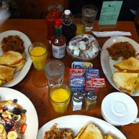 Photo taken at Hashbrowns by Orkun T. on 10/27/2012
