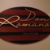 Photo taken at Pizzaria Don Romano by Suelen on 3/29/2013