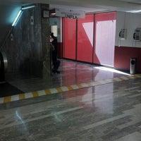 Das Foto wurde bei Registro Público de la Propiedad y Comercio von Jorge A. am 10/5/2012 aufgenommen