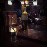 Foto tomada en Café Bar Top por Alina 💄 S. el 6/29/2013