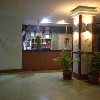 Снимок сделан в Emerald Hotel пользователем Ванилин 11/3/2012
