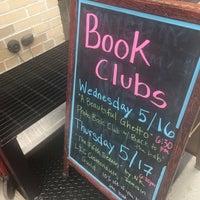 Снимок сделан в Book Culture пользователем Tiffany L. 5/5/2018