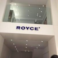 3/18/2013にYukariがRoyce' Chocolate Midtownで撮った写真