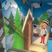 Das Foto wurde bei B-shop von хлОпушка am 11/11/2012 aufgenommen