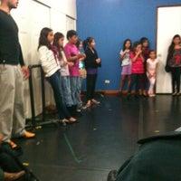 Foto tomada en Misi escuela de teatro musical por Halil B. el 11/19/2012