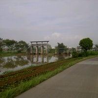 Photo taken at Dam Bendungan Sungai Citarik Majalaya by Jana A. on 7/16/2013