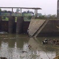 Photo taken at Dam Bendungan Sungai Citarik Majalaya by Jana A. on 8/6/2013