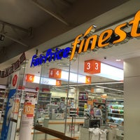 Photo taken at FairPrice Finest by Pierre Ng on 8/2/2015
